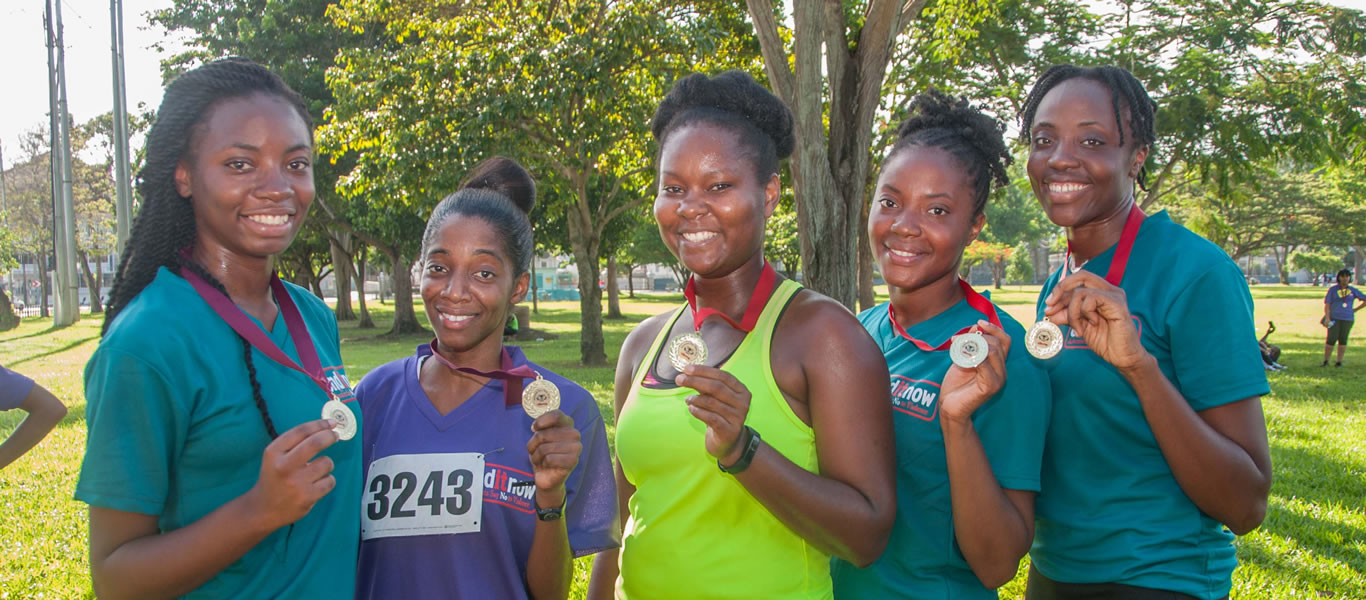 <strong>End it Now 2018 5K </strong>  	       <br/>Female participants with awards, all smiles