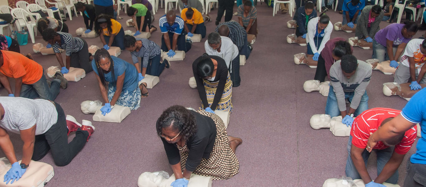 <strong>First Aid Training</strong>  	       <br/>Discover CPR!